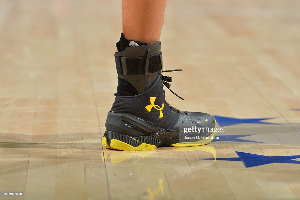 stephen-curry-of-the-golden-state-warriors-showcases-his-sneakers-picture-id507607976