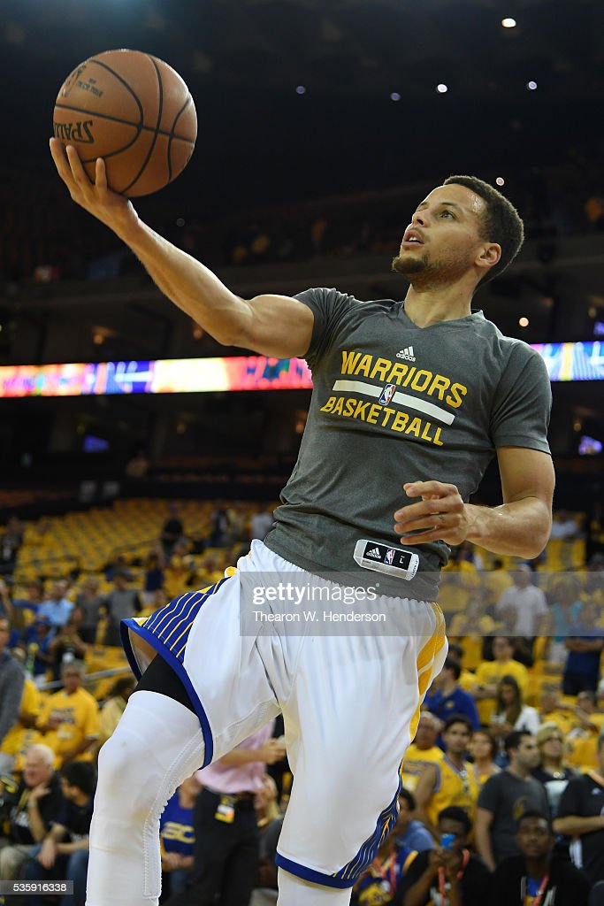 <a gi-track='captionPersonalityLinkClicked' href=/galleries/search?phrase=Stephen+Curry+-+Basketball+Player&family=editorial&specificpeople=5040623 ng-click='$event.stopPropagation()'>Stephen Curry</a> #30 of the Golden State Warriors warms up prior to Game Seven of the Western Conference Finals against the Oklahoma City Thunder during the 2016 NBA Playoffs at ORACLE Arena on May 30, 2016 in Oakland, California.