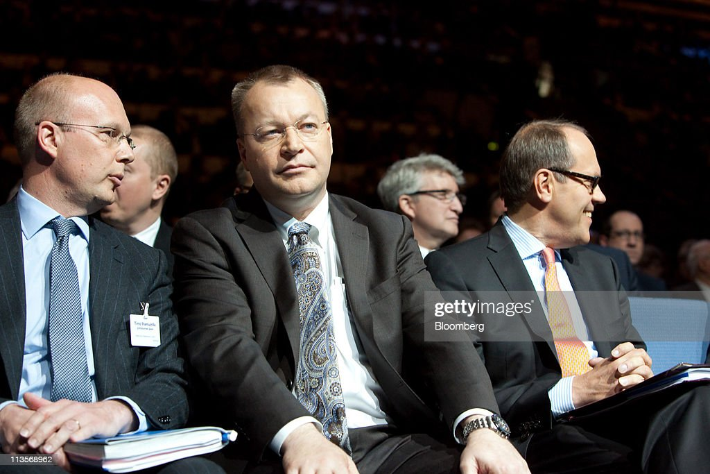 <a gi-track='captionPersonalityLinkClicked' href=/galleries/search?phrase=Stephen+Elop&family=editorial&specificpeople=7180953 ng-click='$event.stopPropagation()'>Stephen Elop</a>, chief executive officer of Nokia Oyj, center, sits with Timo Ihamuotila, chief financial officer of Nokia Oyj, left, and <a gi-track='captionPersonalityLinkClicked' href=/galleries/search?phrase=Jorma+Ollila&family=editorial&specificpeople=619838 ng-click='$event.stopPropagation()'>Jorma Ollila</a>, chairman of Nokia Oyj, during the company's annual general meeting in Helsinki, Finland, on Tuesday, May 3, 2011. Nokia is shifting its smartphone production to Microsoft Windows Phone 7 devices and phasing out handsets based on its own Symbian software. Photographer: Henrik Kettunen/Bloomberg via Getty Images