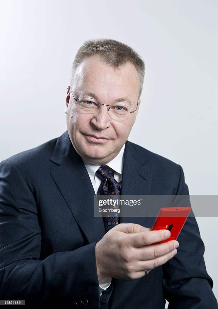 <a gi-track='captionPersonalityLinkClicked' href=/galleries/search?phrase=Stephen+Elop&family=editorial&specificpeople=7180953 ng-click='$event.stopPropagation()'>Stephen Elop</a>, chief executive officer of Nokia Oyj, poses for a photograph with a Lumia 920 smartphone in Stockholm, Sweden, on Monday, March 11, 2013. Nokia Oyj, the Finnish mobile-phone maker attempting a comeback with handsets running Microsoft Corp. software, expects to pay its partner about a net 500 million euros ($650 million) as part of the companies' accord. Photographer: Casper Hedberg/Bloomberg via Getty Images