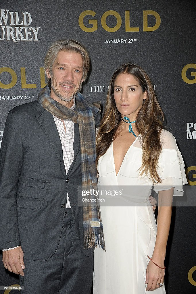 Stephen Gaghan and Minnie Mortimer Gaghan attends the world premiere of 'Gold' hosted by TWC-Dimension at AMC Loews Lincoln Square 13 theater on January 17, 2017 in New York City.