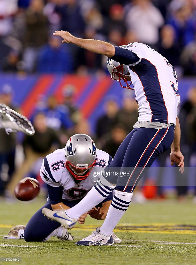 <a gi-track='captionPersonalityLinkClicked' href=/galleries/search?phrase=Stephen+Gostkowski&family=editorial&specificpeople=567502 ng-click='$event.stopPropagation()'>Stephen Gostkowski</a> #3 of the New England Patriots kicks the game winning field goal in the final minute of the game as <a gi-track='captionPersonalityLinkClicked' href=/galleries/search?phrase=Ryan+Allen+-+Joueur+de+football+am%C3%A9ricain&family=editorial&specificpeople=11347226 ng-click='$event.stopPropagation()'>Ryan Allen</a> #6 holds to give them the 27-26 win over the New York Giants at MetLife Stadium on November 15, 2015 in East Rutherford, New Jersey.