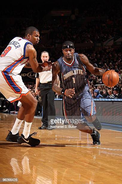 Stephen Jackson of the Charlotte Bobcats drives against Jonathan Bender of the New York Knicks during the game on January 7 2010 at Madison Square...