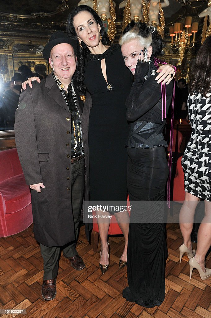 Stephen Jones, <a gi-track='captionPersonalityLinkClicked' href=/galleries/search?phrase=L%27Wren+Scott+-+Fashion+Designer&family=editorial&specificpeople=566708 ng-click='$event.stopPropagation()'>L'Wren Scott</a> and <a gi-track='captionPersonalityLinkClicked' href=/galleries/search?phrase=Daphne+Guinness&family=editorial&specificpeople=213037 ng-click='$event.stopPropagation()'>Daphne Guinness</a> attend the <a gi-track='captionPersonalityLinkClicked' href=/galleries/search?phrase=L%27Wren+Scott+-+Fashion+Designer&family=editorial&specificpeople=566708 ng-click='$event.stopPropagation()'>L'Wren Scott</a> cocktail party during London Fashion Week Fall/Winter 2013/14 at on February 17, 2013 in London, England.