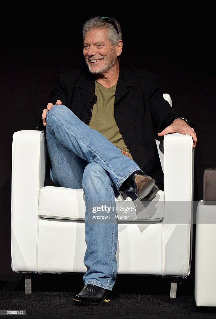 <a gi-track='captionPersonalityLinkClicked' href=/galleries/search?phrase=Stephen+Lang&family=editorial&specificpeople=1129687 ng-click='$event.stopPropagation()'>Stephen Lang</a> speaks at the Cinematic Innovation Summit ahead of the 10th Annual Dubai International Film Festival at Atlantis, The Palm Hotel on December 6, 2013 in Dubai, United Arab Emirates.