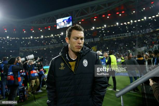 Stephen Lichtsteiner of Juventus during the UEFA Champions League Round of 16 second leg match between Juventus and FC Porto at Juventus Stadium on...