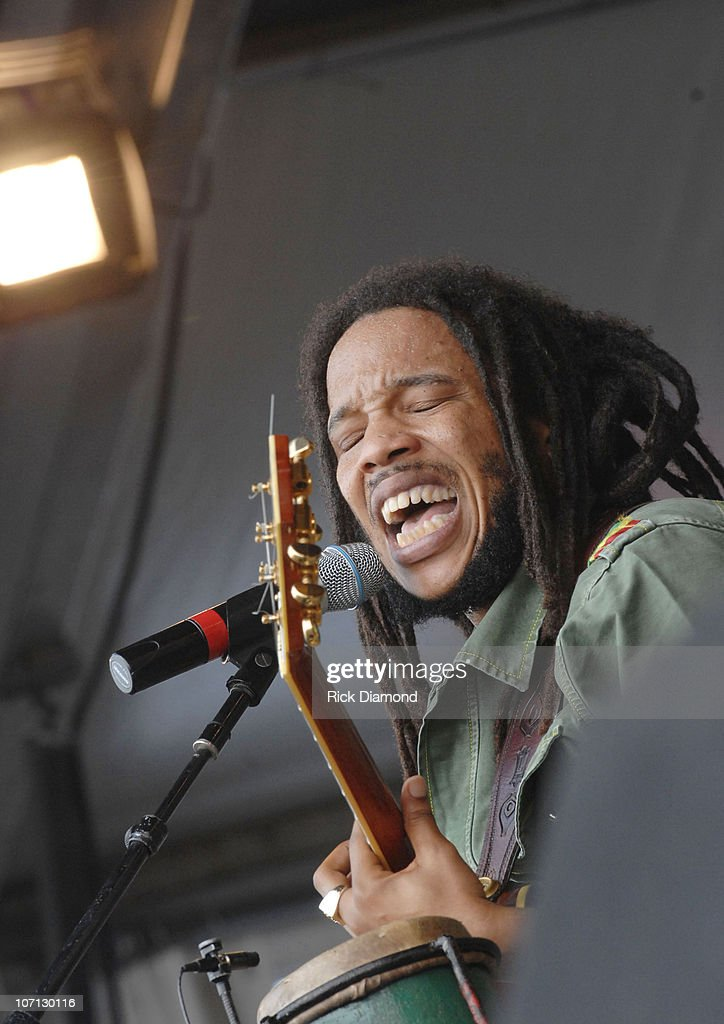 Stephen Marley during 38th Annual New Orleans Jazz & Heritage Festival Presented by Shell - Stephen Marley at New Orleans Fair Grounds in New Orleans, Louisiana, United States.