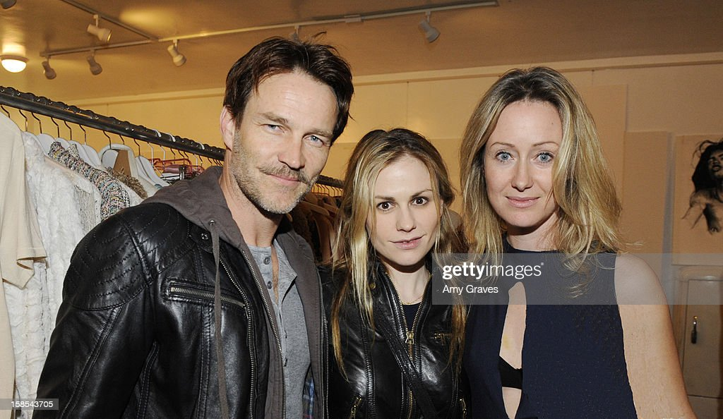 <a gi-track='captionPersonalityLinkClicked' href=/galleries/search?phrase=Stephen+Moyer&family=editorial&specificpeople=4323688 ng-click='$event.stopPropagation()'>Stephen Moyer</a>, <a gi-track='captionPersonalityLinkClicked' href=/galleries/search?phrase=Anna+Paquin&family=editorial&specificpeople=211602 ng-click='$event.stopPropagation()'>Anna Paquin</a> and Lorien Haynes attend Lorien Haynes' Art Show at The Quest on December 14, 2012 in Los Angeles, California.