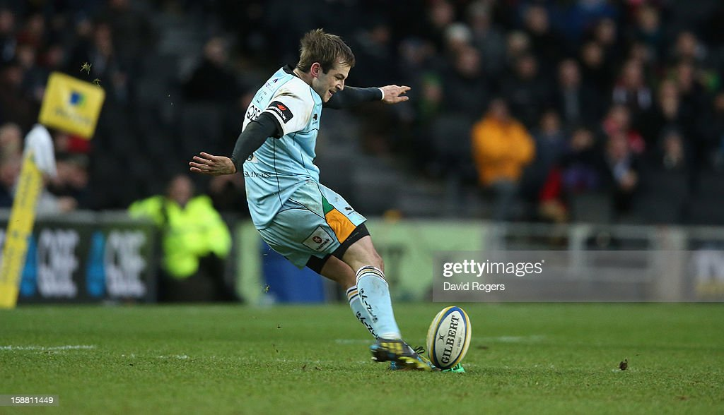 Stephen Myler of Northampton attempts to win the match with a last kick of the match penalty, but his effort was unsuccessful during the Aviva Premiership match between Saracens and Northampton Saints at stadiumMK on December 30, 2012 in Milton Keynes, England.