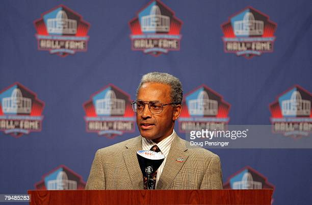 Stephen Perry President of the Football Hall of Fame announces the Class of 2008 Pro Football Hall of Fame Inductees at press conference during Super...