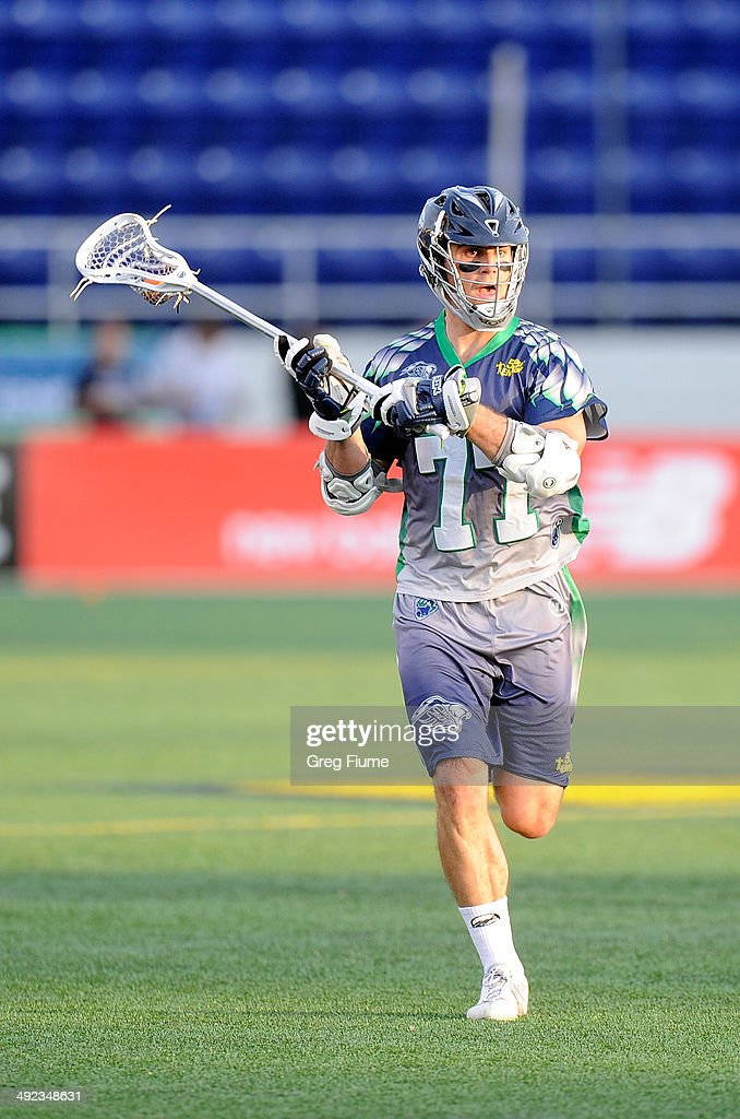 Stephen Peyser of the Chesapeake Bayhawks handles the ball against the Florida Launch at NavyMarine Corps Memorial Stadium on May 17 2014 in...
