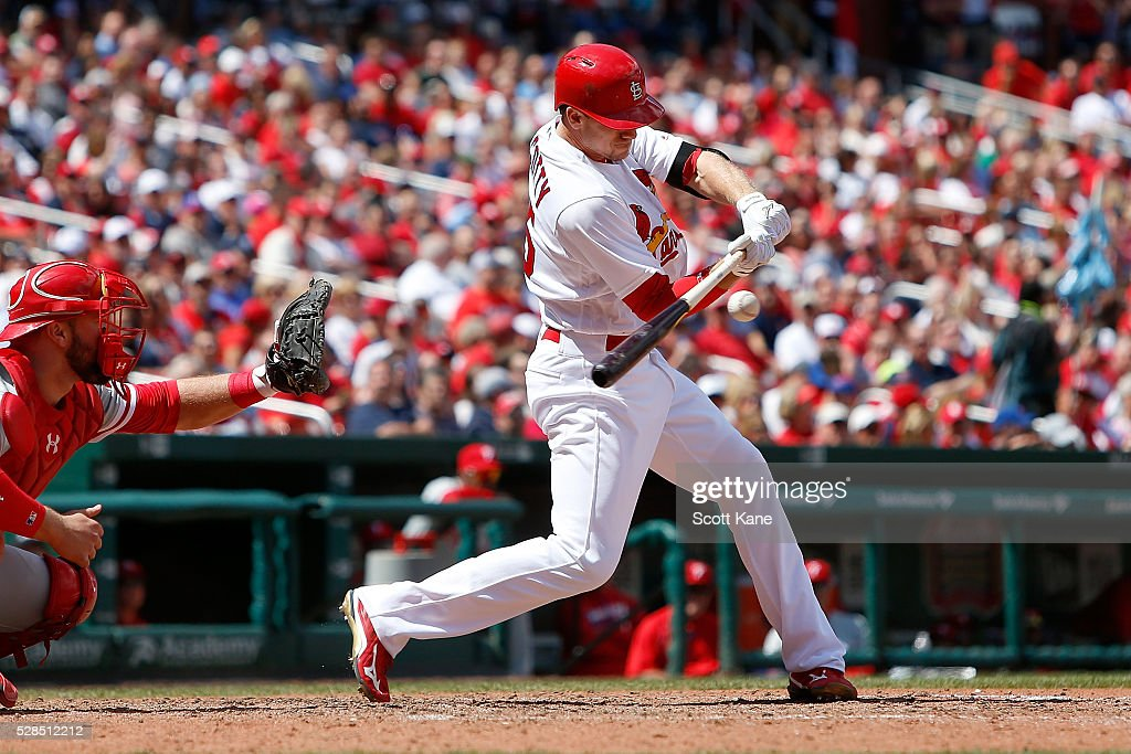 Stephen Piscotty #55 of the St. Louis Cardinals bats during the seventh inning against the Philadelphia Phillies at Busch Stadium on May 5, 2016 in St. Louis, Missouri.