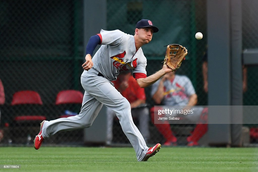 Stephen Piscotty #55 of the St. Louis Cardinals makes a running catch of a short fly ball in right field to end the second inning against the Cincinnati Reds at Great American Ball Park on August 5, 2017 in Cincinnati, Ohio.
