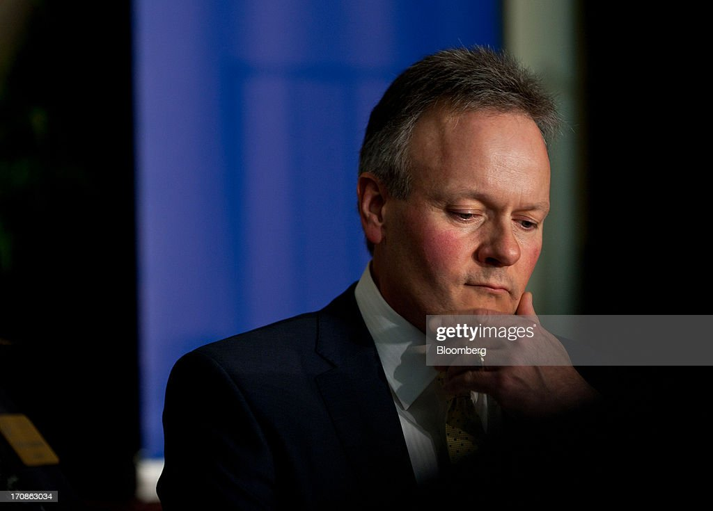 Stephen Poloz, governor of the Bank of Canada, pauses while delivering his first speech as governor at the Oakville Chamber of Commerce luncheon in Burlington, Ontario, Canada, on Wednesday, June 19, 2013. Poloz said the nation will need a rebound in business confidence to drive growth in coming years, a process that will require 'stability and patience.' Photographer: Galit Rodan/Bloomberg via Getty Images