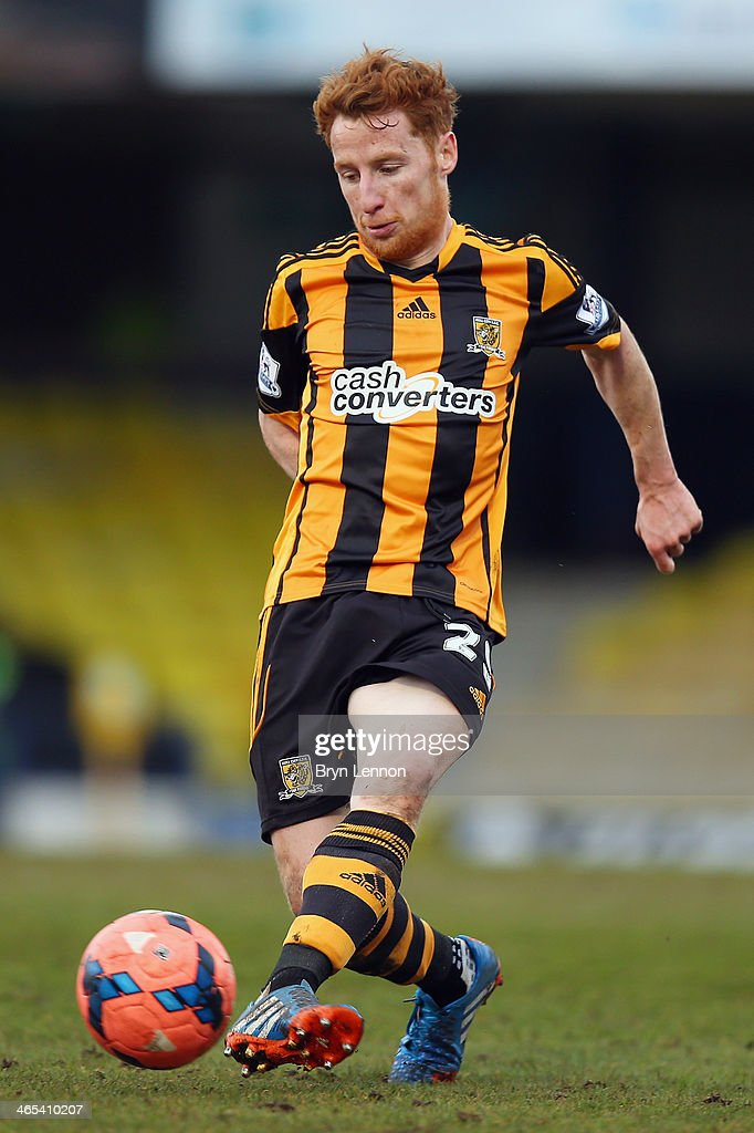 <a gi-track='captionPersonalityLinkClicked' href=/galleries/search?phrase=Stephen+Quinn+-+Soccer+Player&family=editorial&specificpeople=622061 ng-click='$event.stopPropagation()'>Stephen Quinn</a> of Hull City AFC in action during the FA Cup Fourth Round match between Southend United and Hull City at Roots Hall on January 25, 2014 in Southend, England.
