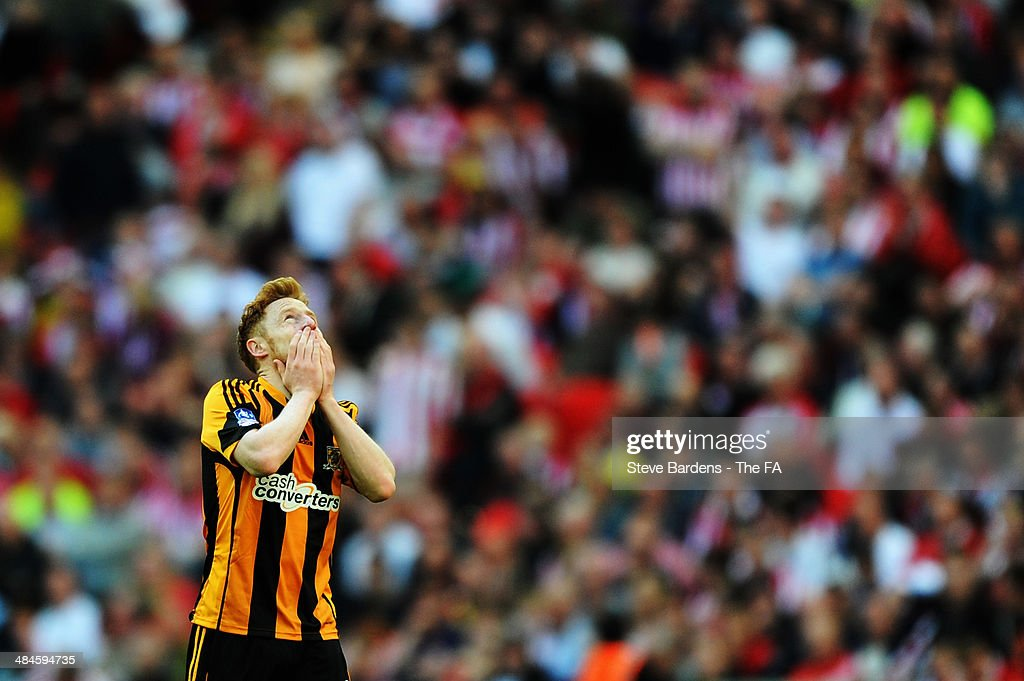 Stephen Quinn of Hull City celebrates after scoring their fourth goal during the FA Cup Semi-Final match between Hull City and Sheffield United at Wembley Stadium on April 13, 2014 in London, England.
