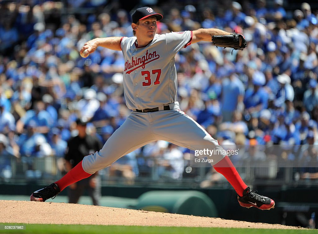 <a gi-track='captionPersonalityLinkClicked' href=/galleries/search?phrase=Stephen+Strasburg&family=editorial&specificpeople=6164496 ng-click='$event.stopPropagation()'>Stephen Strasburg</a> #37 of the Washington Nationals throws in the first inning against the Kansas City Royals at Kauffman Stadium on May 4, 2016 in Kansas City, Missouri.