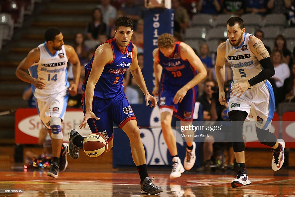 Stephen Weigh of the 36ers brings the ball forward during the round 12 NBL match between the Adelaide 36ers and the New Zealand Breakers at Adelaide Arena on December 28, 2012 in Adelaide, Australia.