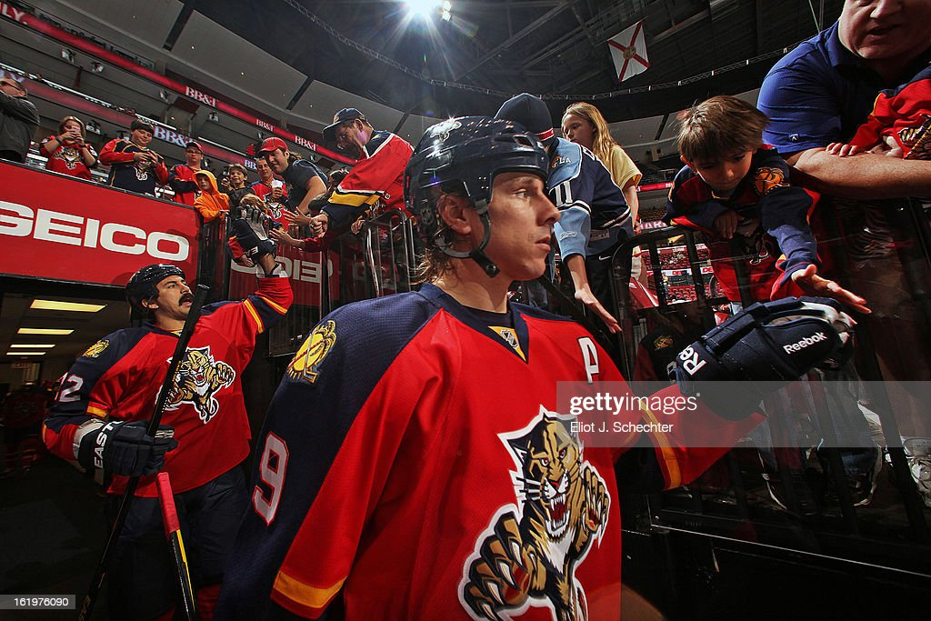 Stephen Weiss #9 of the Florida Panthers is greeted by fans prior to the start of the game against the Tampa Bay Lightning at the BB&T Center on February 16, 2013 in Sunrise, Florida.