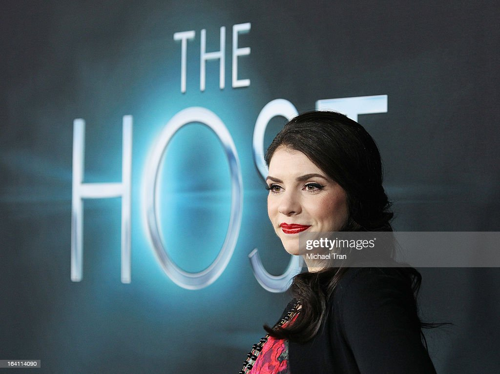<a gi-track='captionPersonalityLinkClicked' href=/galleries/search?phrase=Stephenie+Meyer&family=editorial&specificpeople=5476076 ng-click='$event.stopPropagation()'>Stephenie Meyer</a> arrives at the Los Angeles premiere of 'The Host' held at ArcLight Cinemas Cinerama Dome on March 19, 2013 in Hollywood, California.
