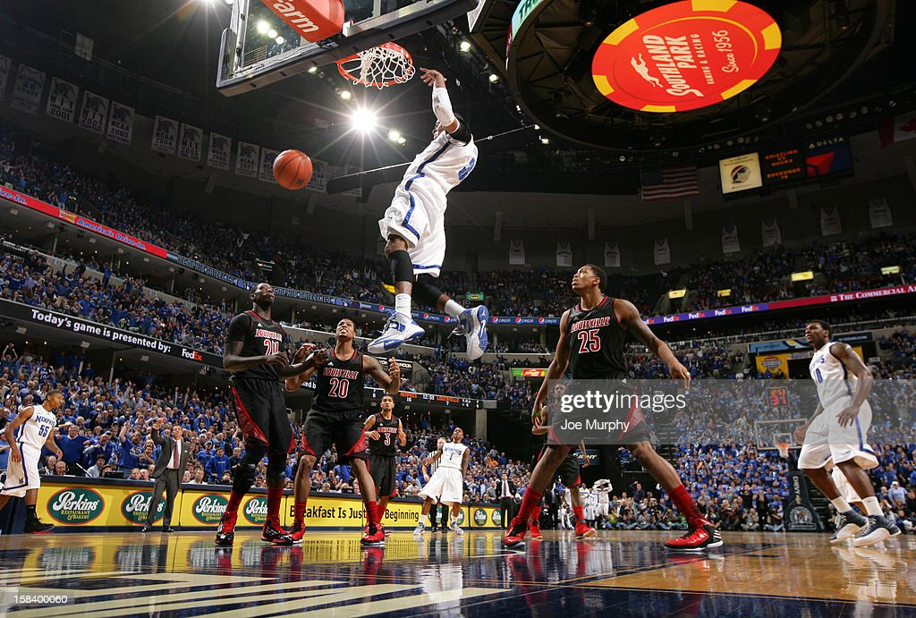 D.J. Stephens #30 of the Memphis Tigers dunks the ball against the Louisville Cardinals on December 15, 2012 at FedExForum in Memphis, Tennessee.