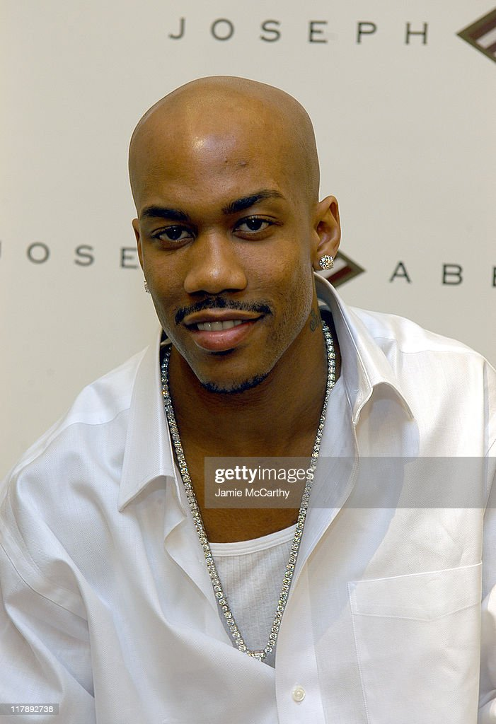 New York Knick Stephon Marbury In-Store Appearance at Joseph Abboud at