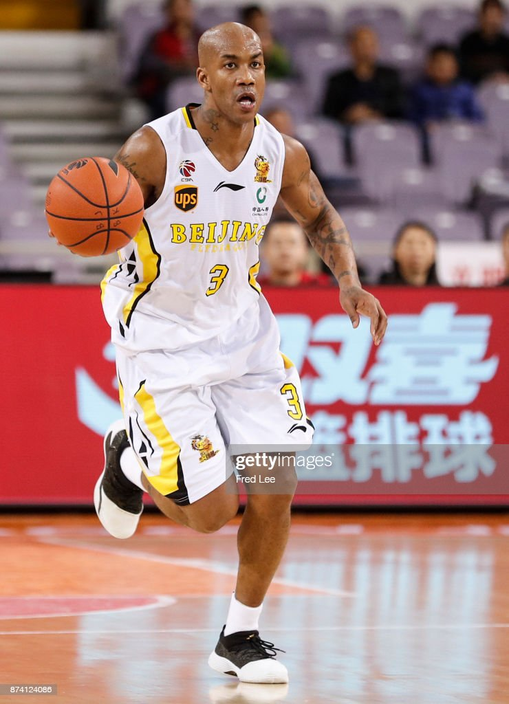 Stephon Marbury #3 of Beijing Beikong Fly Dragons in action during the 2017/2018 CBA League match between Beijing Beikong Fly Dragons and Fujian SBS at Beijing Olympic Sports Center on November 14, 2017 in Beijing, China.
