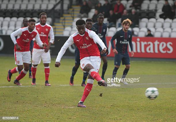 Stephy Mavididi of Arsenal Under 19s scores from the penalty spot during UEFA Youth League match between Arsenal against Paris SaintGermain at...