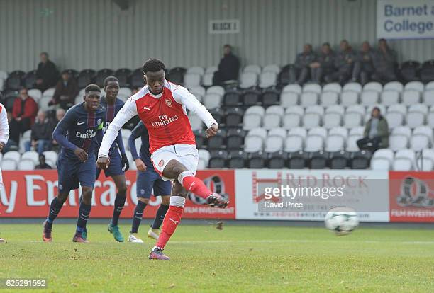 Stephy Mavididi scores a goal Arsenal from the penalty spot during the UEFA Youth Champions League match between Arsenal and Paris Saint Germain at...