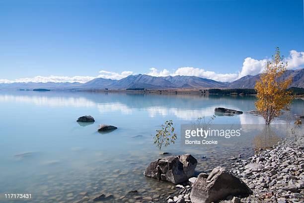 Stepping stones, Lake Tekapo in Autumn