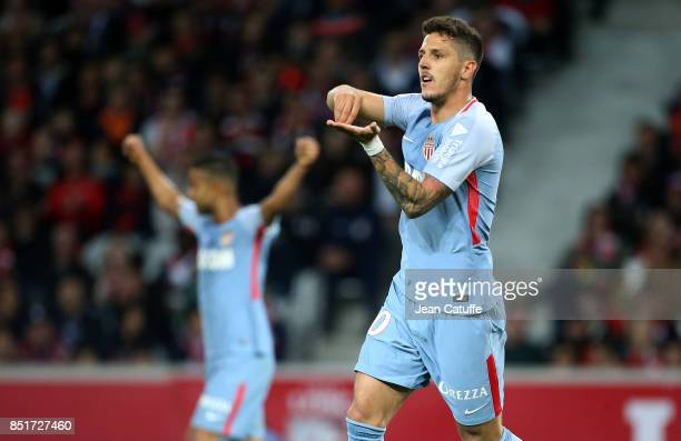 Stevan Jovetic of Monaco celebrates his goal during the French Ligue 1 match between Lille OSC and AS Monaco at Stade Pierre Mauroy on September 22...