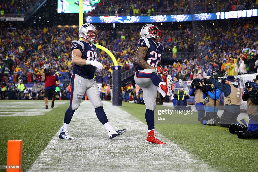 <a gi-track='captionPersonalityLinkClicked' href=/galleries/search?phrase=Stevan+Ridley&family=editorial&specificpeople=4674104 ng-click='$event.stopPropagation()'>Stevan Ridley</a> #22 of the New England Patriots celebrates with teammate Matthew Mulligan #88 after scoring a 3 yard touchdown in the third quarter against the Indianapolis Colts during the AFC Divisional Playoff game at Gillette Stadium on January 11, 2014 in Foxboro, Massachusetts.