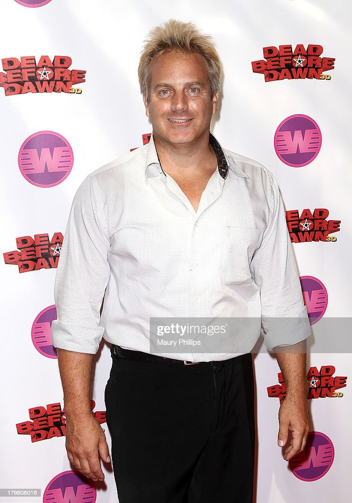 Dead before dawn 3d los angeles premiere getty images for Stufe adler