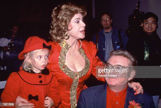 Steve Allen with wife Jane Meadows and granddaughter watch the Hollywood Christmas parade 1997 Allen died of heart failure while sleeping October 31...