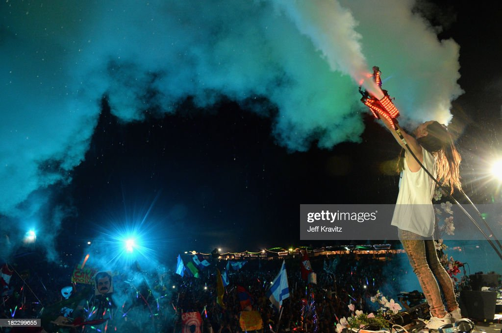 <a gi-track='captionPersonalityLinkClicked' href=/galleries/search?phrase=Steve+Aoki&family=editorial&specificpeople=732001 ng-click='$event.stopPropagation()'>Steve Aoki</a> onstage at TomorrowWorld Electronic Music Festival on September 28, 2013 in Chattahoochee Hills, Georgia.