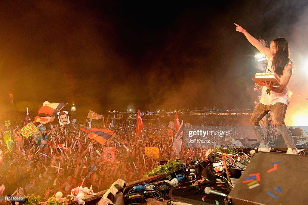 Steve Aoki onstage at TomorrowWorld Electronic Music Festival on September 28, 2013 in Chattahoochee Hills, Georgia.