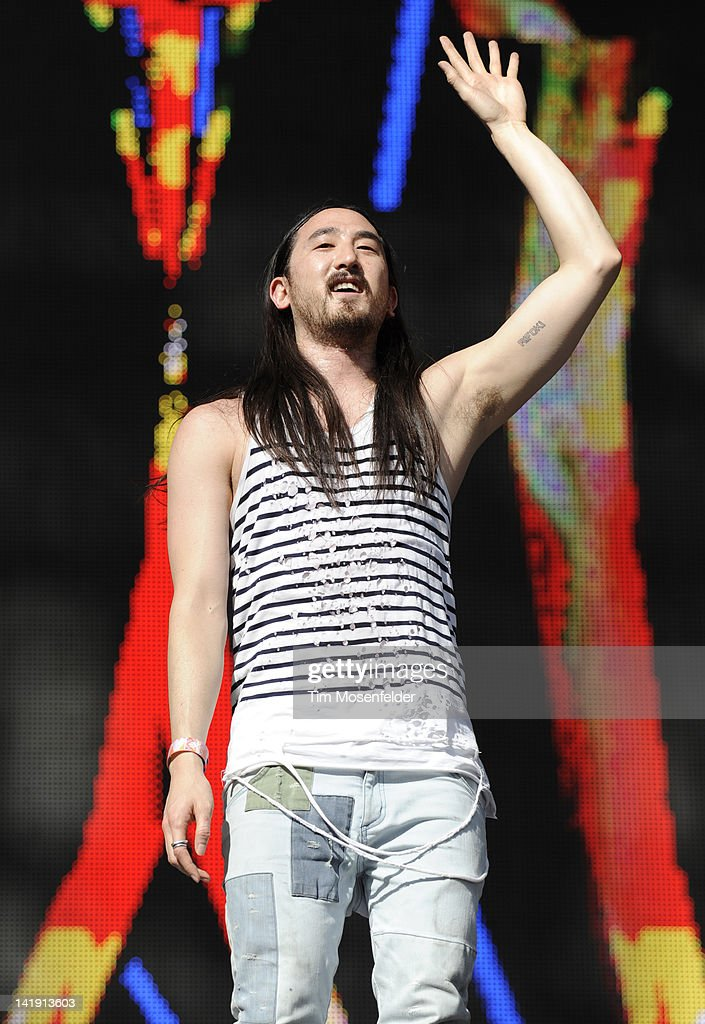 Steve Aoki performs as part of Day Three of Ultra Music Festival 14 at Bayfront Park on March 25, 2012 in Miami, Florida.