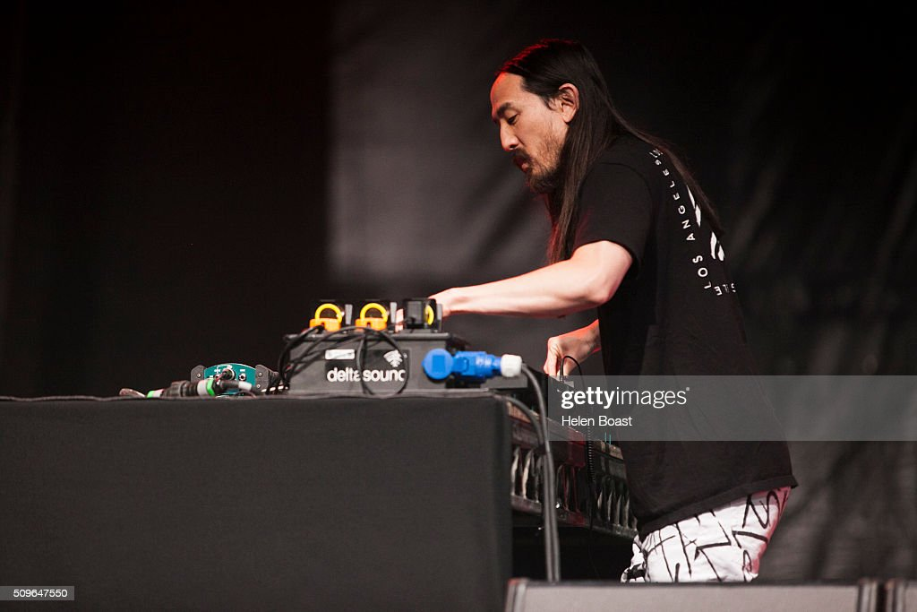 <a gi-track='captionPersonalityLinkClicked' href=/galleries/search?phrase=Steve+Aoki&family=editorial&specificpeople=732001 ng-click='$event.stopPropagation()'>Steve Aoki</a> performs for Redfest DXB at Media City Amphitheatre on February 11, 2016 in Dubai, United Arab Emirates.