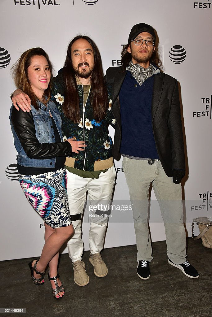 steve-aoki-poses-with-his-sister-echo-aoki-and-his-brother-kyle-aoki ...