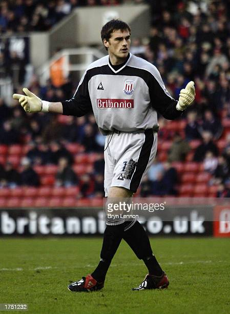 Steve Banks of Stoke City in action during the FA Cup fourth round match between Stoke City and AFC Bournemouth held on January 26 2003 at Britannia...