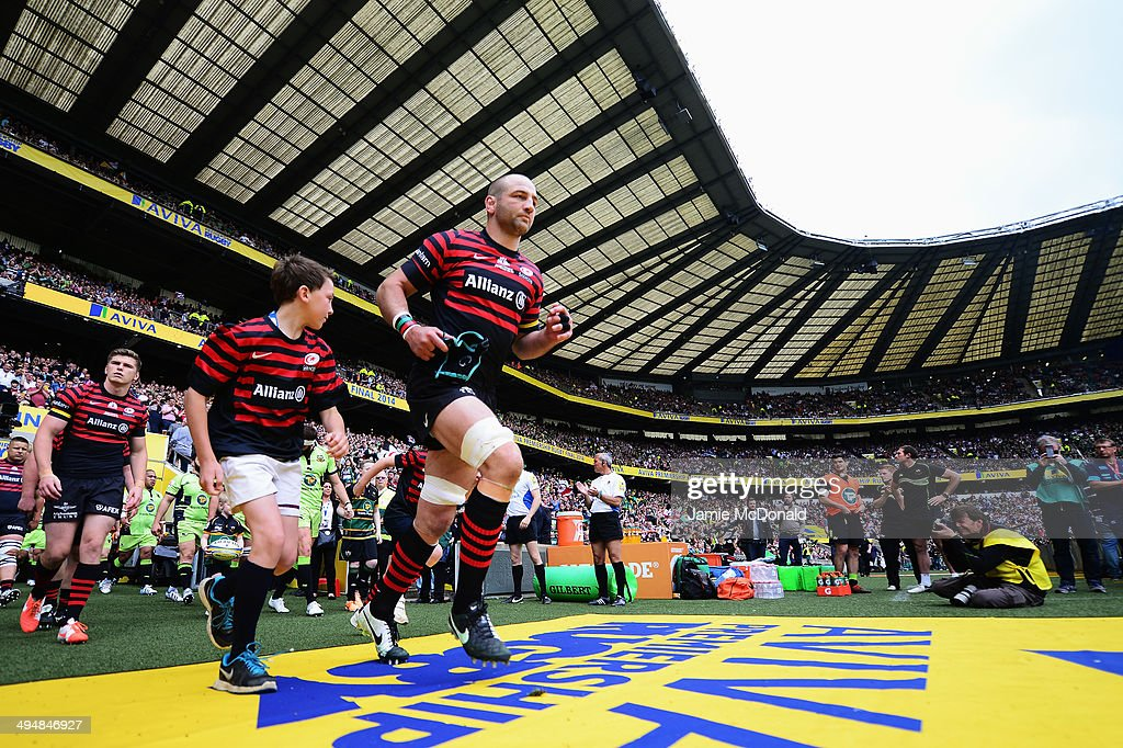 Steve Borthwick of Saracens leads out his side for the Aviva Premiership Final between Saracens and Northampton Saints at Twickenham Stadium on May 31, 2014 in London, England.