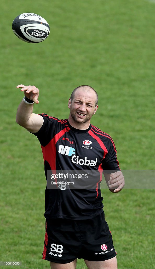 Steve Borthwick passes the ball during the Saracens training session on May 25, 2010 in St Albans, England.