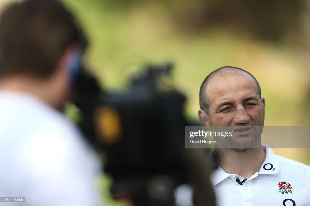 <a gi-track='captionPersonalityLinkClicked' href=/galleries/search?phrase=Steve+Borthwick&family=editorial&specificpeople=204426 ng-click='$event.stopPropagation()'>Steve Borthwick</a>, the England forwards coach, faces the media during the England media session held at Pennyhill Park on May 26, 2016 in Bagshot, England.