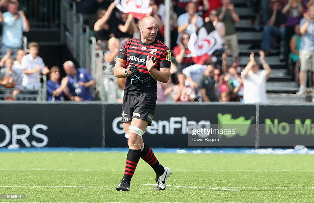 <a gi-track='captionPersonalityLinkClicked' href=/galleries/search?phrase=Steve+Borthwick&family=editorial&specificpeople=204426 ng-click='$event.stopPropagation()'>Steve Borthwick</a>, the Saracens captain, walks off the pitch after being replaced in his final home game before retirement during the Aviva Premiership semi final match between Saracens and Harlequins at Allianz Park on May 17, 2014 in Barnet, England.