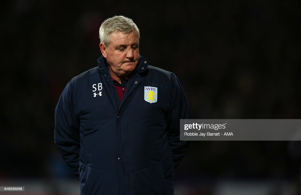 Steve Bruce head coach / manager of Aston Villa looks on during the Sky Bet Championship match between Huddersfield Town and Aston Villa at John Smith's Stadium on March 7, 2017 in Huddersfield, England.