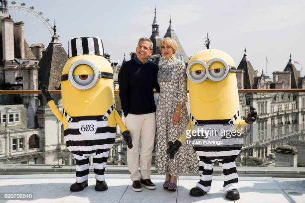 Steve Carell Kristen Wiig and the Minions attend a photo call in London to celebrate the release of DESPICABLE ME 3 on June 30th at Corinthia Hotel...