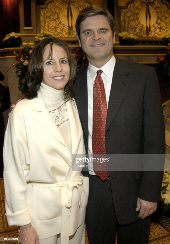 <a gi-track='captionPersonalityLinkClicked' href=/galleries/search?phrase=Steve+Case&family=editorial&specificpeople=214603 ng-click='$event.stopPropagation()'>Steve Case</a> and wife Jean Case during TNT's 'Christmas in Washington' Concert - Backstage at The National Building Museum in Washington, D.C., United States.