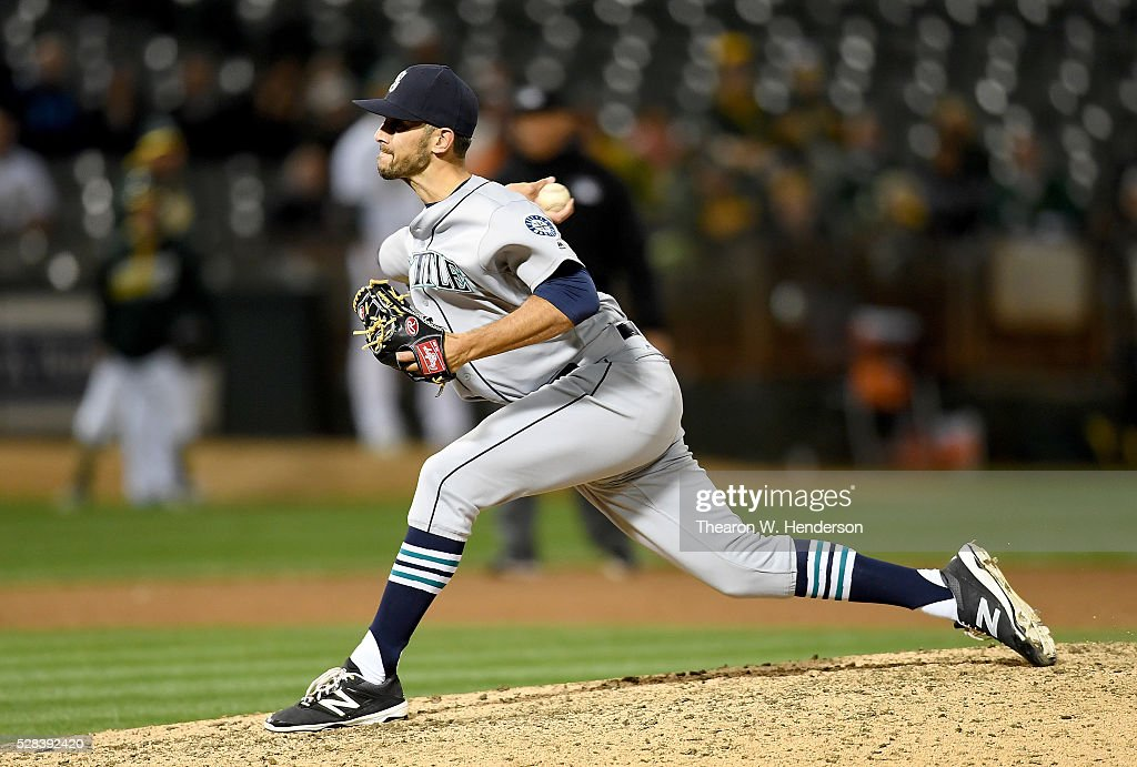 Steve Cishek #31 of the Seattle Mariners pitches against the Oakland Athletics in the bottom of the ninth inning at O.co Coliseum on May 2, 2016 in Oakland, California.