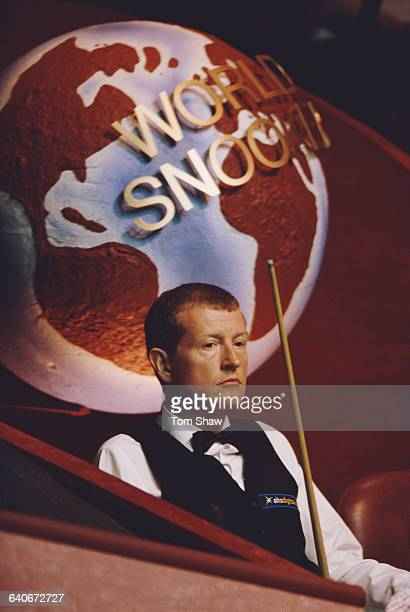 Steve Davis of Great Britain during his World Snooker Championship first round match against Graeme Dott on 19 April 2000 at the Crucible Theatre in...