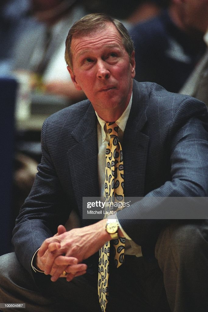 Steve Fisher, head coach of the Michigan Wolverines, looks on during a NCAA second round basketball game at the McKale Center on March 21, 1993 in Tuscon, Arizona..
